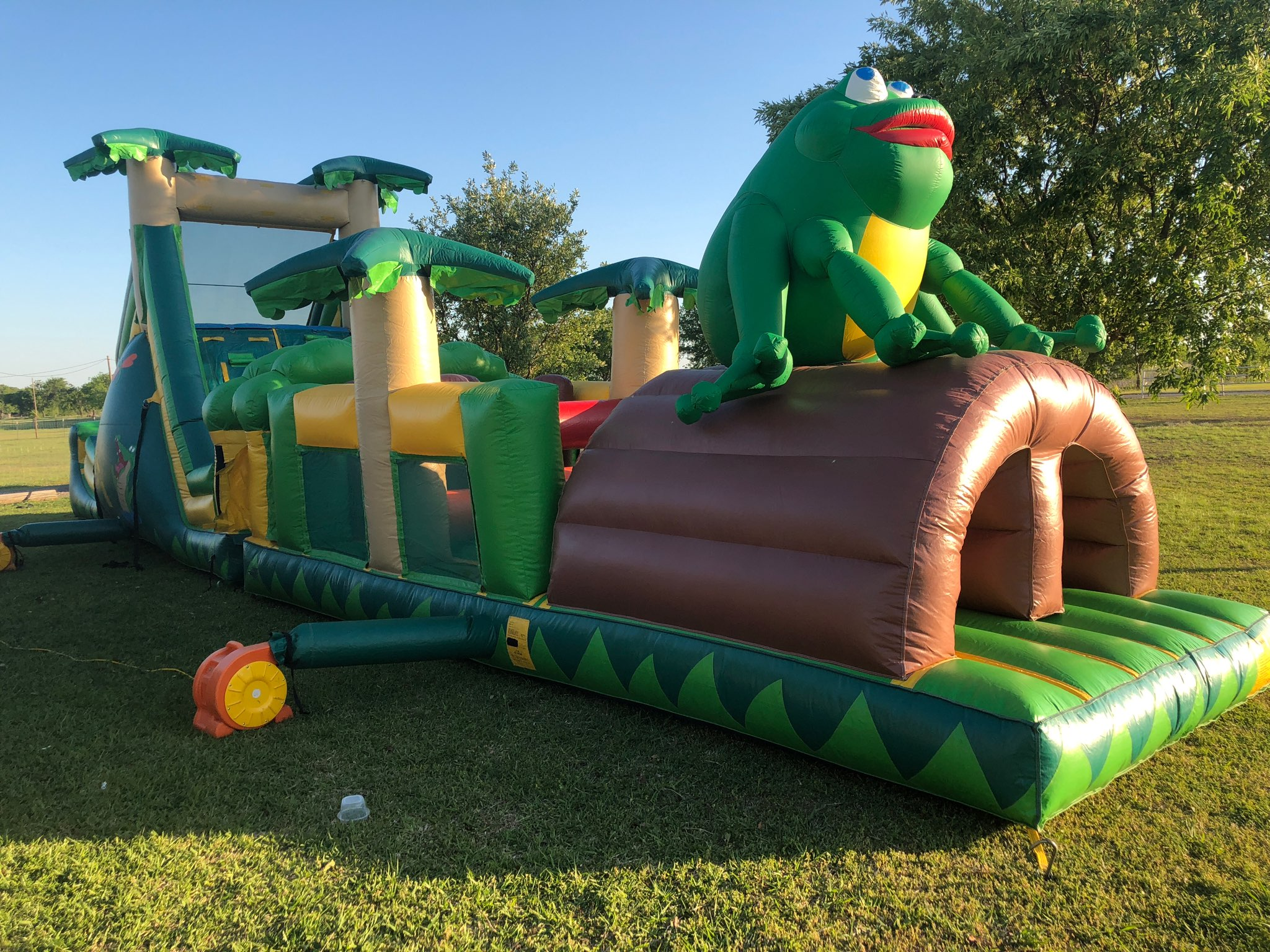 Bounce Houses & Party Equipment Rental